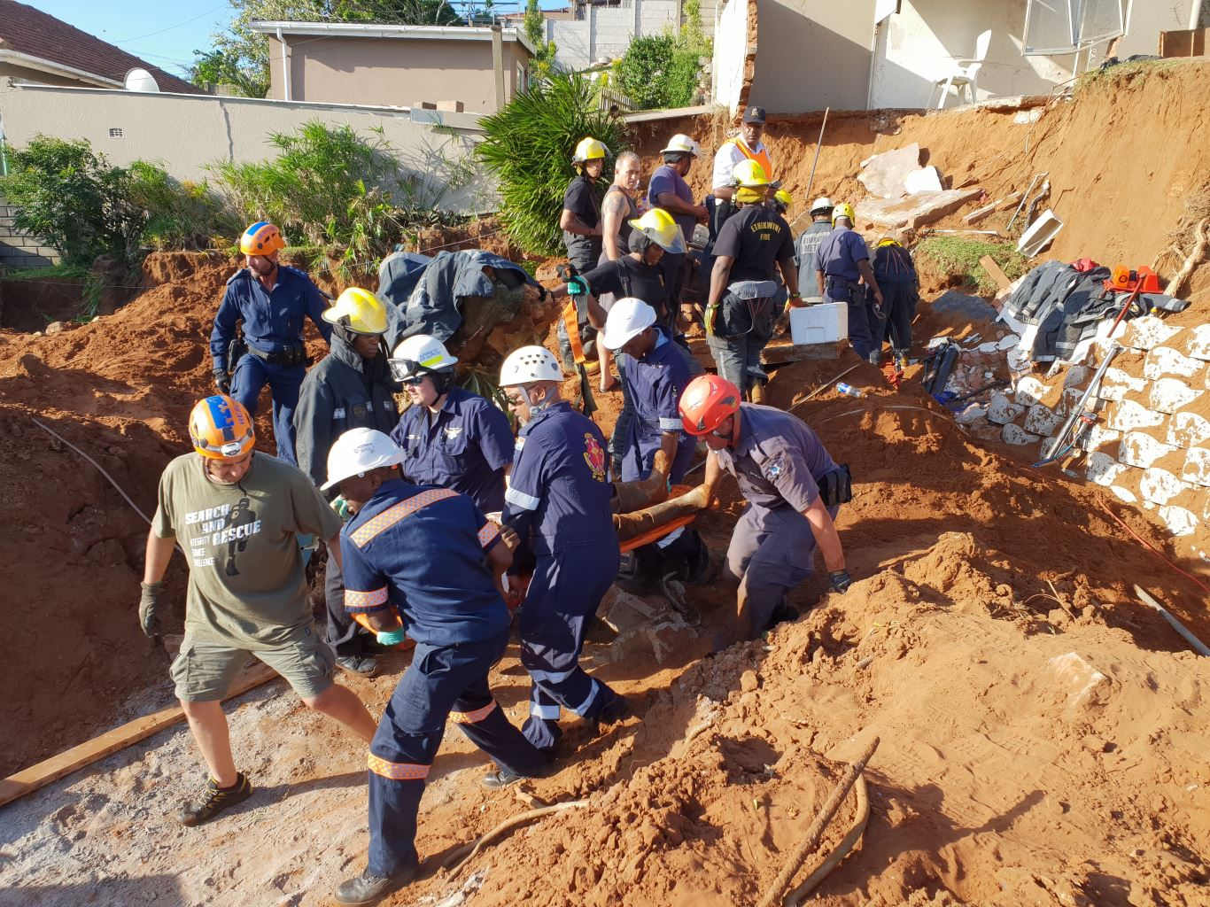 Beaumont-Rd  Worker trapped for 3 hours in Beaumont Road Beaumont Rd