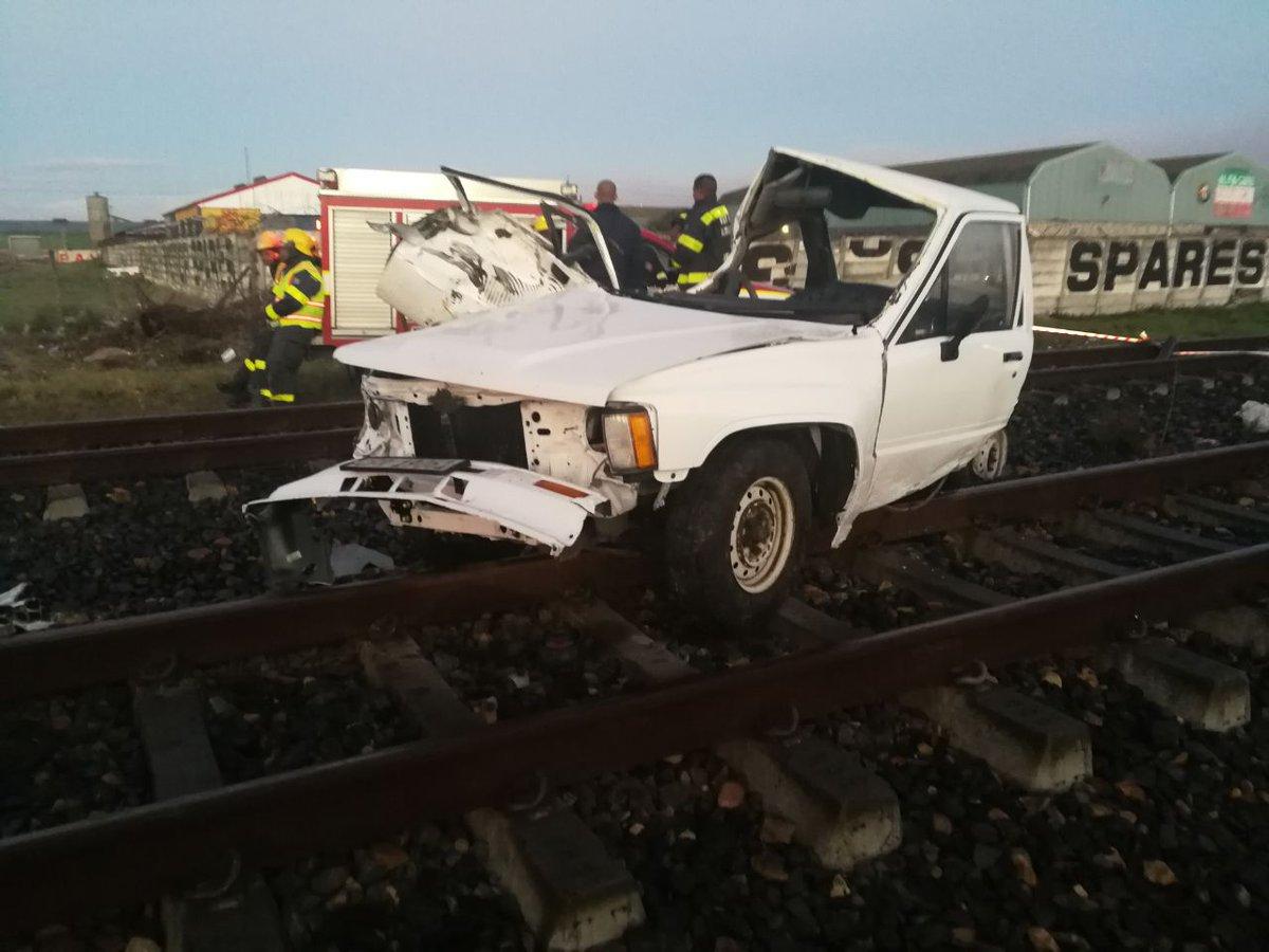 DbxMfR8VMAAhZqb  Railway Safety Regulator investigates a PRASA train collision at Buttskop Level Crossing, DbxMfR8VMAAhZqb