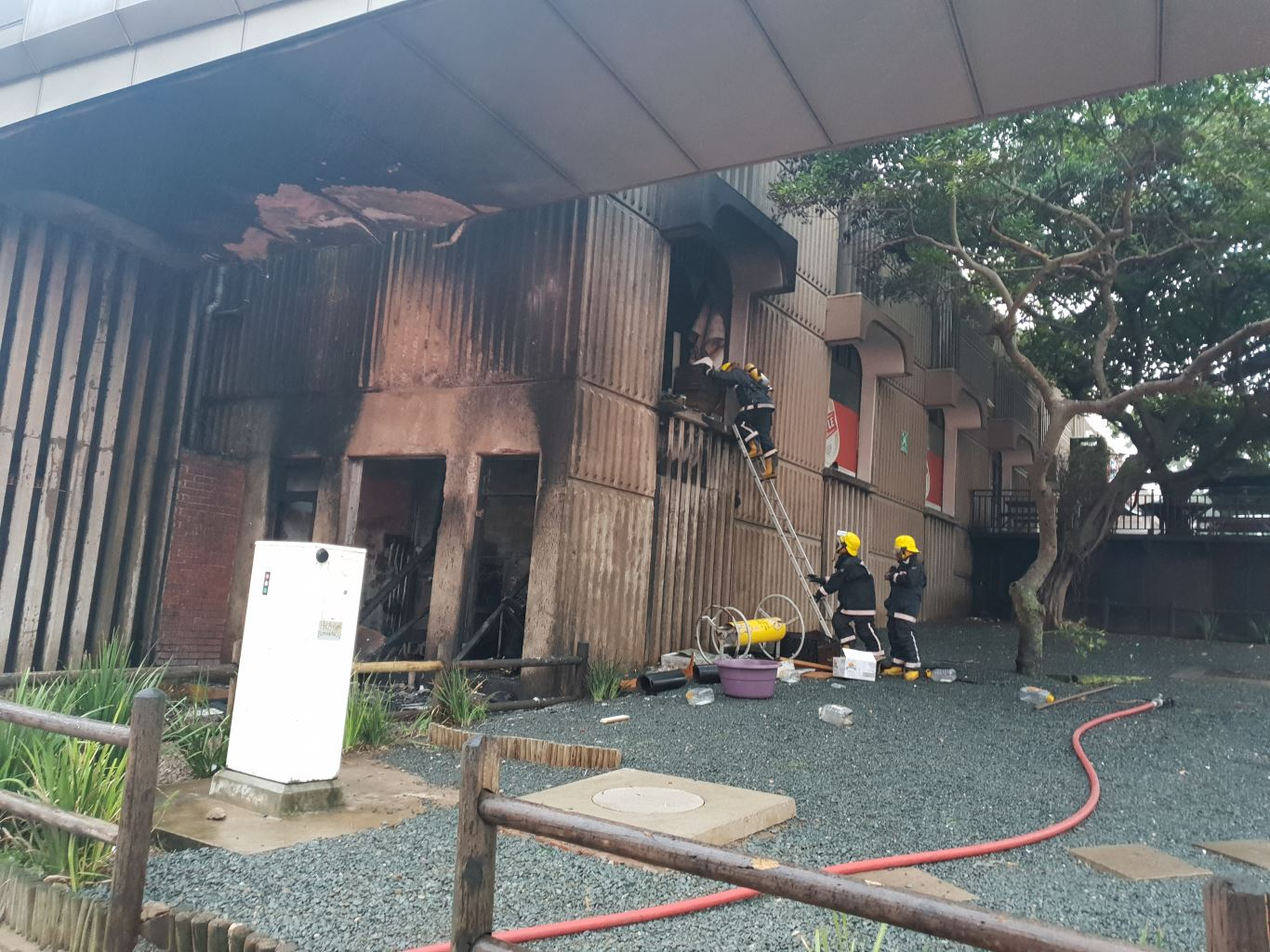 Fire-Boscom  Durban: Man killed in Fire Fire Boscom