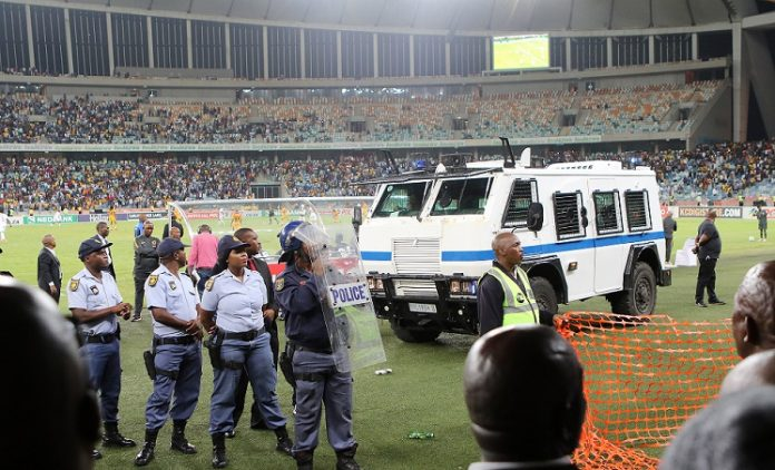 TL_1453953-696x422  Three suspects arrested for Moses Mabhida Stadium violence. TL 1453953 696x422