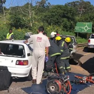 28772063_2054369907971632_1185709516872744960_n  8 May 2018 Entrapment M4 Ballito   Two vehicles collided on the M4 near ballito … 28772063 2054369907971632 1185709516872744960 n 320x320