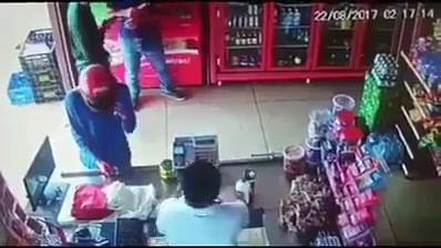 29784591_1548033325323017_7443368105687908352_n  A lesson in awareness from a non SA shop owner…  Don't trip on the trolley son 29784591 1548033325323017 7443368105687908352 n