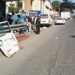35290066_1968721863146398_2307636591851470848_n  Conductor Falls Out Of Moving Taxi: Verulam – KwaZulu Natal  A 22 year old man w… 35290066 1968721863146398 2307636591851470848 n 320x320