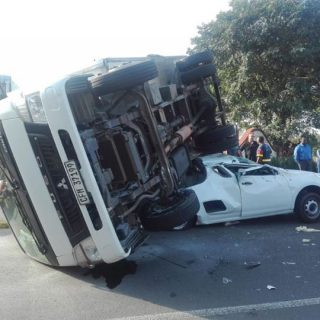 35344759_1970442729640978_6593193073340055552_n  Four Injured in Collision:  Mt Edgecombe – KZN  Four people were transported to … 35344759 1970442729640978 6593193073340055552 n 320x320
