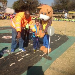 Gauteng: Teaching them about Road Safety when they are still young. 37818598 1791362357612547 7352925148225208320 n 320x320