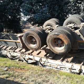 Benoni: One sustains moderate injuries after a single truck roll-over accident o… 37881661 1892831277404666 7905444691963805696 o 320x320