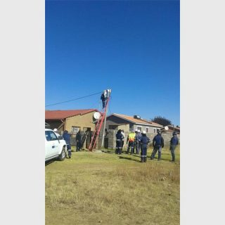 IMG-20180619-WA0010_11270  Police strip illegal connections in Duduza | African Reporter IMG 20180619 WA0010 11270 320x320