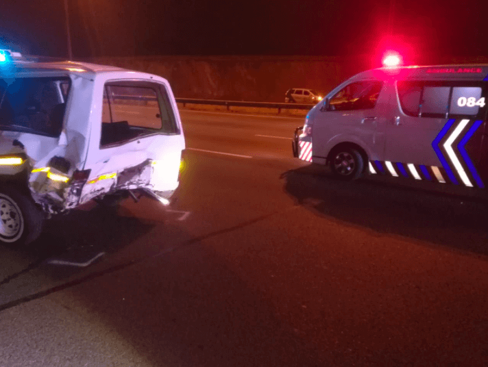 PENNYVILLE-–-Bakkie-rear-ends-taxi-leaving-three-dead-five-injured.  [PENNYVILLE] – Bakkie rear-ends taxi leaving three dead, five injured. – ER24 PENNYVILLE     Bakkie rear ends taxi leaving three dead five injured