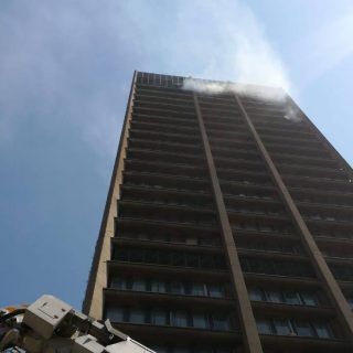 Johannesburg: Several Streets / blocks closed due to the building fire on Sauer … 41033369 1955059907848469 7665121635162128384 o 320x320