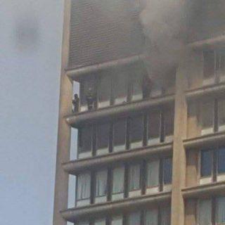 Blaze at a building Johannesburg CBD. One fireman has sadly fallen to his death…. Blaze at a building Johannesburg CBD