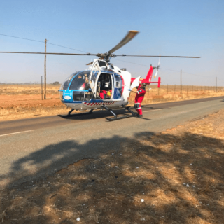 [DIEPSLOOT] One airlifted, four others injured in R114 collision – ER24 CARLETONVILLE     Man left critically injured when truck rear ends another