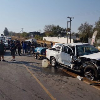 [FOURWAYS] – Multiple-vehicle collision leaves three dead, several others injured. – ER24 FOURWAYS     Multiple vehicle collision leaves three dead several others injured 1 320x320