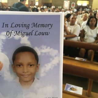 Miguel Louw Funeral Miguel Louw lays in a white and gold coffin as he is carried… Miguel Louw Funeral Miguel Louw lays in a white and gold coffin as he is carried 320x320