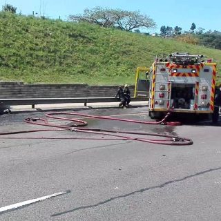 KwaZulu-Natal: A short video kindly submitted of the N3 Marianhill truck crash a… 40231869 2297877853564012 7022770853267898368 n 320x320