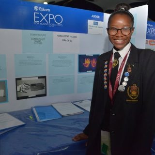 #EskomExpoISF Temperature controlled hand gloves? Yes, please! The struggle of t… 43104957 10155528795172121 3949223575428268032 o 320x320