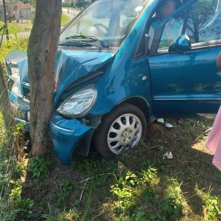 Vehicle Crashes Into Tree: Verulam – KZN  At approximately 12:54 today (Saturday… 43206429 2142327842452465 2883861451666096128 n 320x320