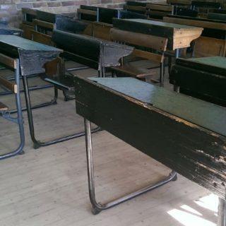 Grade 2 pupil found dead in bushes – Gauteng education department Seun 15 slaan juffrou met vuis 320x320