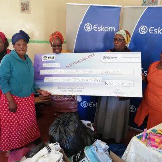#EskomEasternCape donated R21 000 to Vuselela Pre-school in Vukani village at In… 45517253 2495801420446587 4260070158439022592 o 320x320