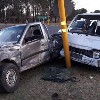 16 People were injured in a collision between a bakkie and a taxi on Barrage Roa… 45698628 2021472947914059 6330032039043006464 o 320x320