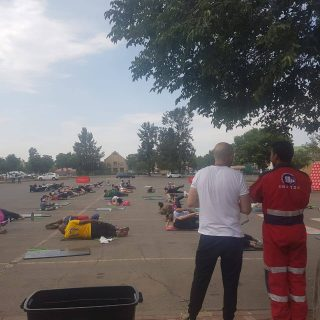 ER24 Vaal is busy with a non-dedicated standby at a Pound fitness event held tod… 46389699 2031459086915445 8051536273665425408 o 320x320