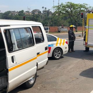 KwaZulu-Natal: Thirteen people have been injured in a collision between a mini-b… 46506348 2053489218005537 2330617518743355392 o 320x320