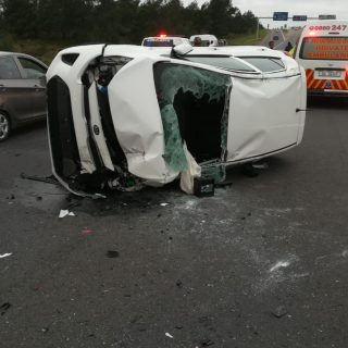 KwaZulu-Natal: Two people have sustained minor injuries in a single vehicle roll… 46937753 2063974043623721 2858817613327237120 o 320x320