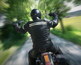 [BENONI] – Biker left critical after collision. – ER24 7 320x257