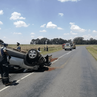 [ERMELO] – Two killed in rollover. – ER24 ERMELO     Two killed in rollover