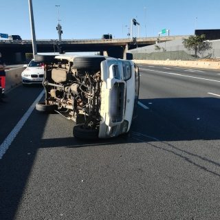 Gauteng: No injuries reported following a single vehicle rollover on Ben Schoema… 46855641 2068970849790707 596777420787286016 o 320x320