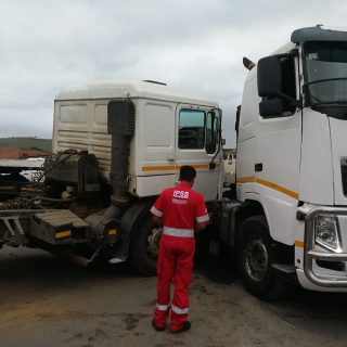 3 December 2018  R102 Shakaskraal, 2 trucks collided   2 truck have collided on … 47266855 2442876492454303 1380430144228818944 o 320x320