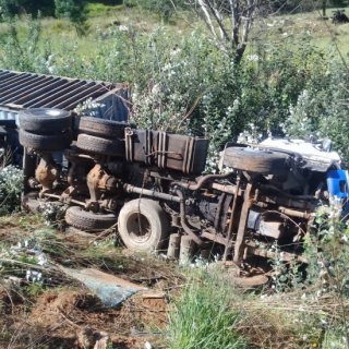 Two people were transported to hospital after a truck overturned this morning on… 47688414 2065048660223154 3255108696631410688 n 320x320