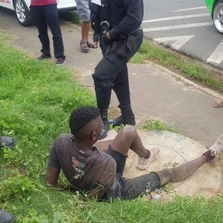 Robbery Suspect Apprehended: Brindhaven – KZN  A 24 year old man was arrested an… 48396057 2259298980755350 3144700304520380416 o 320x320