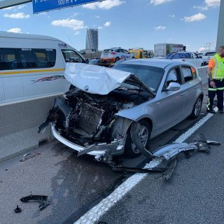 Gauteng: One person sustained minor injuries in a collision between two vehicles… 48407855 2098192866868505 1952424877868711936 o 320x320