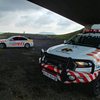 Netcare 911 has a resources stationed on the N3 between Warden and Villiers in t… 49690836 2107475729273552 6184051761418862592 o 320x320