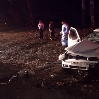 [ERMELO] Three killed, one injured in two-vehicle collision – ER24 Bethal 320x320