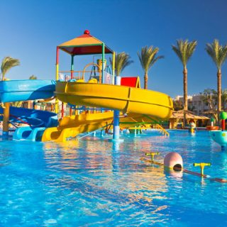 [MOSSELBAY] Two-year-old suffers non-fatal drowning at waterpark – ER24 GettyImages 185000951blog 320x320