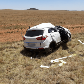 [PETRUSBURG] – One killed, four injured in vehicle rollover. – ER24 PETRUSBURG     One killed four injured in vehicle rollover