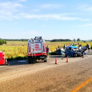 [VEREENIGING] Three killed, including a child, in R59 head-on collision – ER24 R59 1 320x320