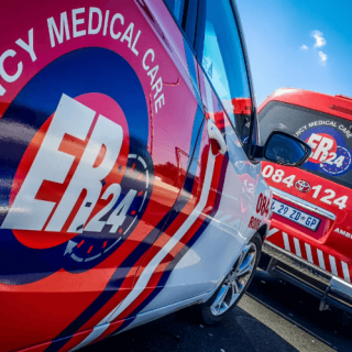 [LADYSMITH] One killed, seven injured in collision – ER24 RANDBURG     Two killed in motorbike collision
