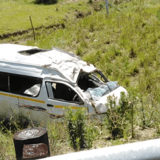 [HIDCOTE] 16 injured after taxi overturns – ER24 hidcote 320x320