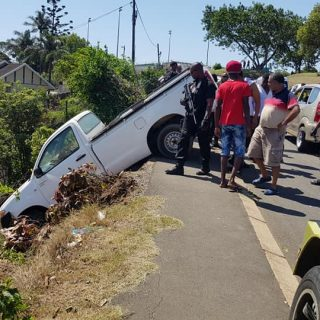 Bakkie Crashes After Brakes Fail: Lotusville – KZN  A 36 year old Ethopian Natio… 50431405 2304355926249655 8289759980517588992 n 320x320