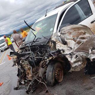 Fortunately, no one sustained any serious injuries after a bakkie and a cash-in-… 52013896 1462119770585527 4942037010001952768 n 320x320