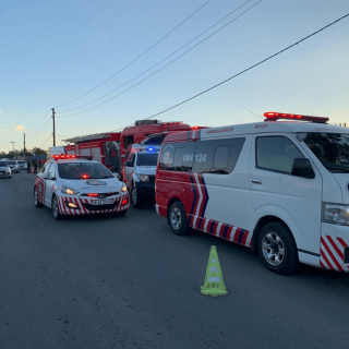 [COSMOS CITY] – Woman hit by car, left critical. – ER24 COSMOS CITY     Woman hit by car left critical