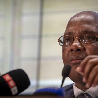 Motsoaledi disappointed over non-payment of doctors' salaries Motsoaledi disappointed over non payment of doctors salaries 320x320