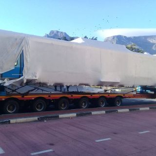 Something Blue (mock-up of new EMU trains) has arrived at Cape Town Station Four… 54412554 3107368232622075 8174103980184436736 o 320x320
