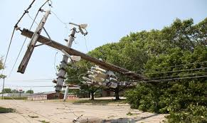 Overhead power cables are normally suspended out of reach of people but when the… 54523141 2729116760448384 8643854942873845760 n