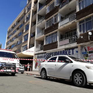 [BLOEMFONTEIN] – Woman killed after allegedly jumping out of four-storey window. – ER24 BLOEMFONTEIN     Woman killed after allegedly jumping out of four storey window