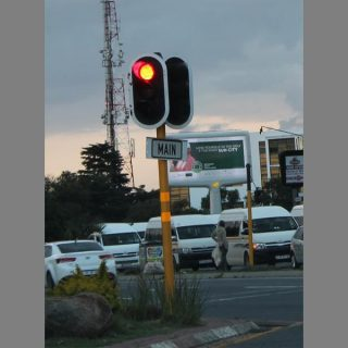 Advice on how to drive safe during load-shedding | Fourways Review traffic ligh 594483819 320x320