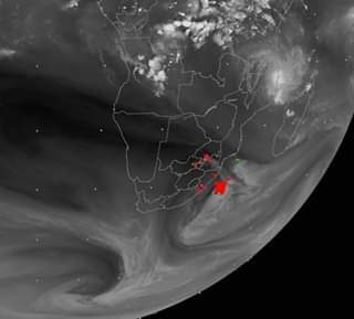 | WV062 Satellite channel | #CycloneKenneth seen just east of the north coast of… 57487138 427884654657475 8337442312300789760 n 320x289