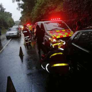 [CHASE VALLEY] – Vehicle crashes off highway leaving woman seriously injured. – ER24 CHASE VALLEY     Vehicle crashes off highway leaving woman seriously injured